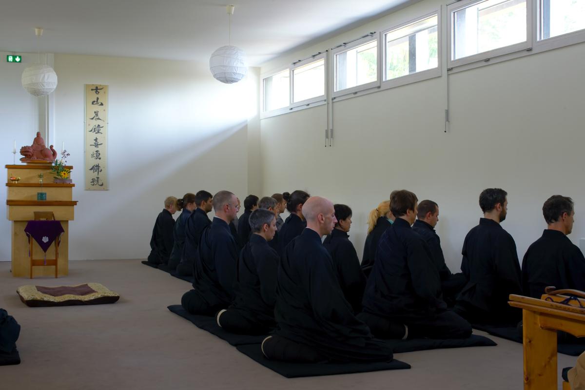 Sesshin im Kloster Ryumon Ji